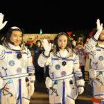 ย้อนชมพิธีส่ง 'นักบินอวกาศจีน' ปฏิบัติภารกิจ 'เสินโจว-13'   XinhuaThai